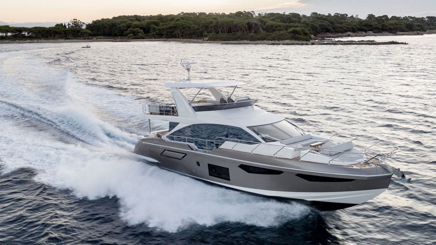 Azimut 60 Fly: Barca dell'anno 2017